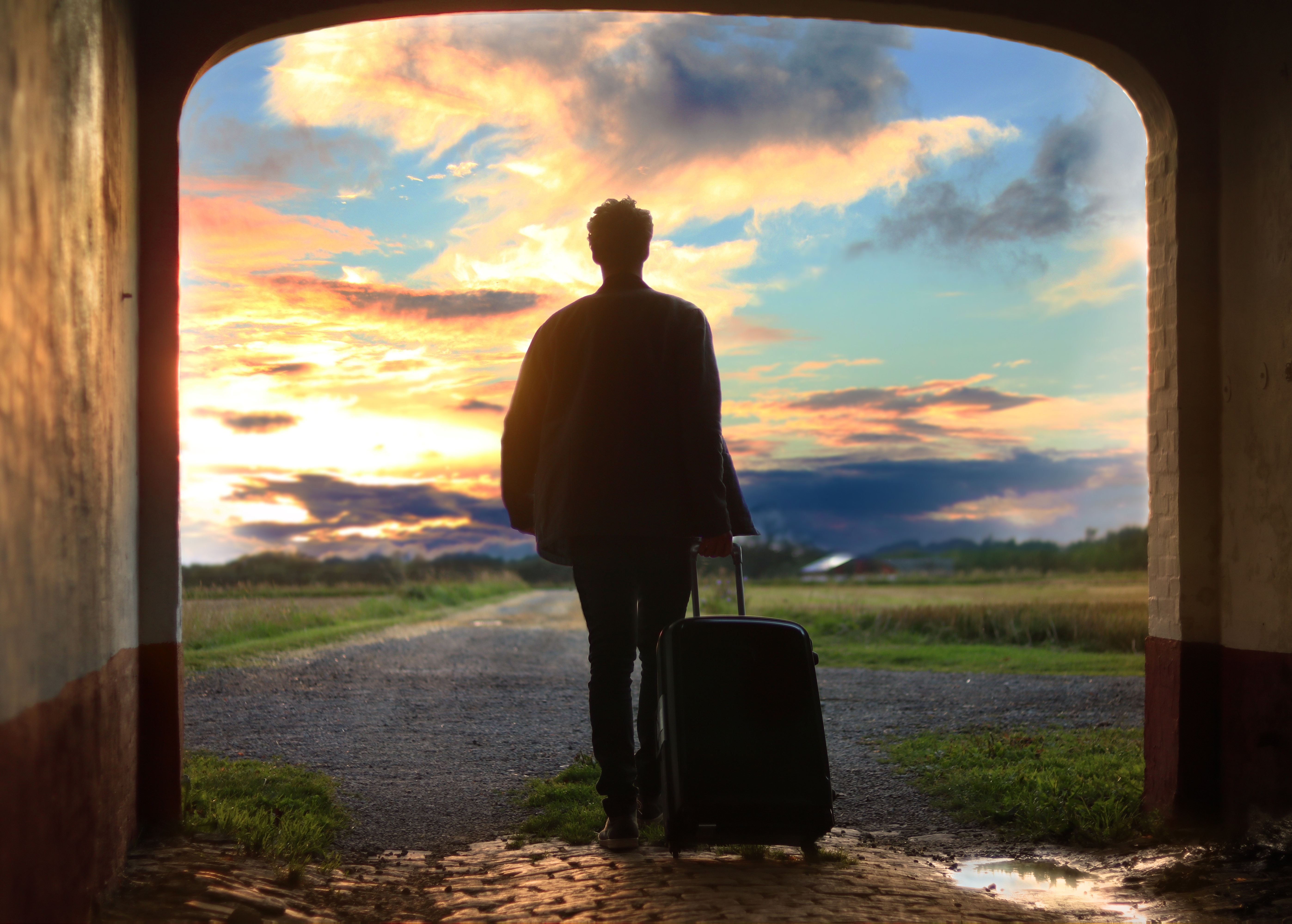 How to Stay Healthy While Traveling Keep Moving